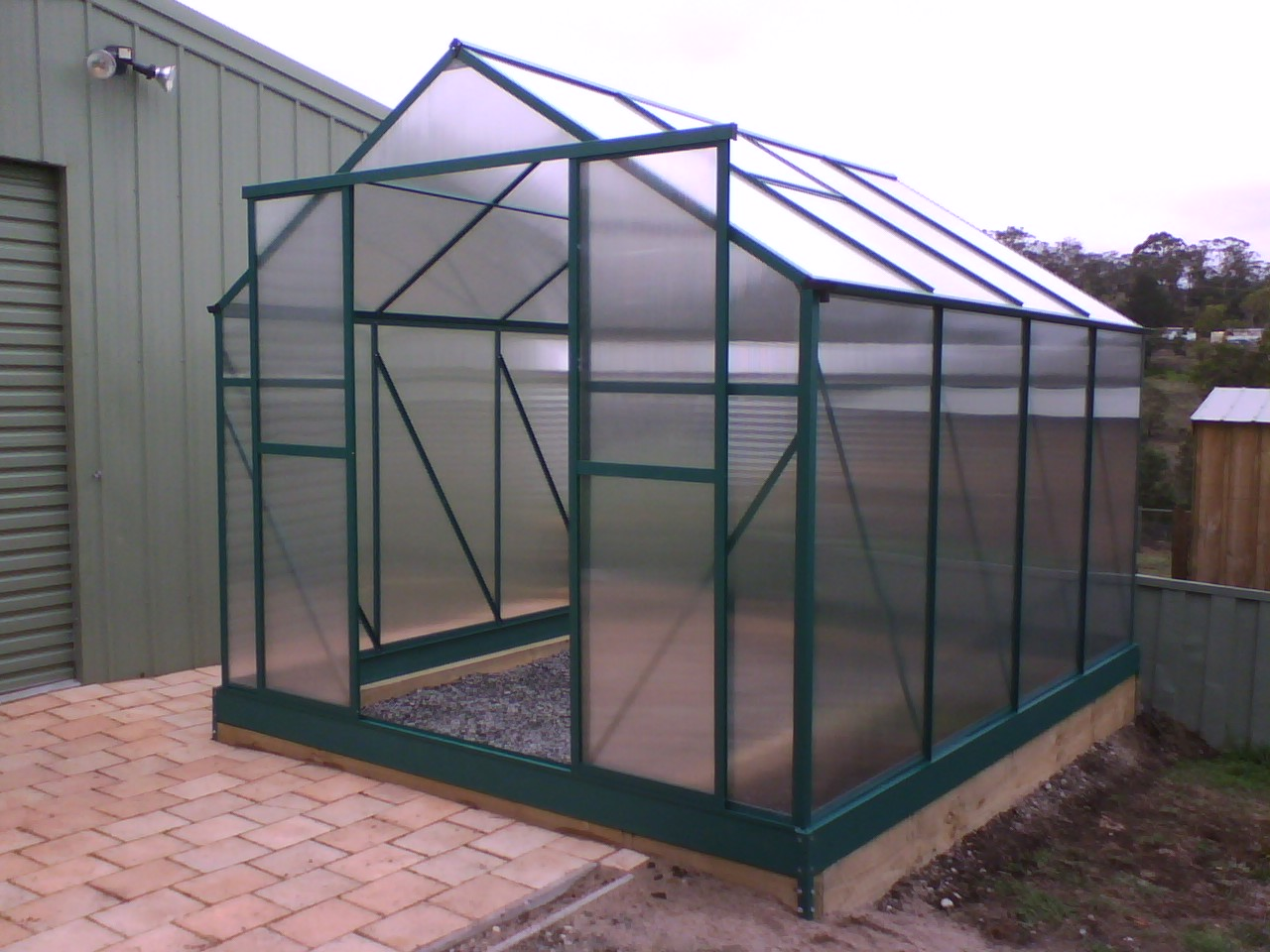Better Insulation Greenhouse Made From Polycarbonate Sheets